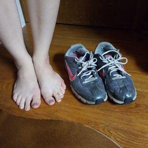 Nike trackstar 3 shoes well worn